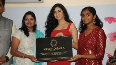 Photo of Miss india South Andleeb Zaidi Launches Vasundhara Salon