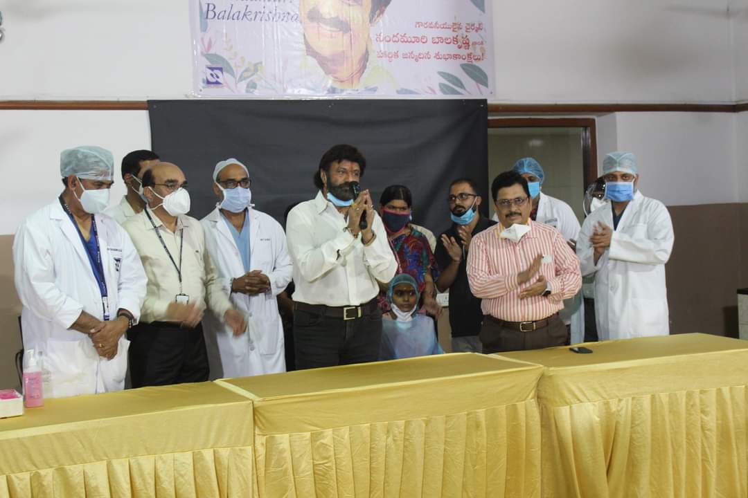 NandamuriBalakrishna-met-a-young-cancer-patient