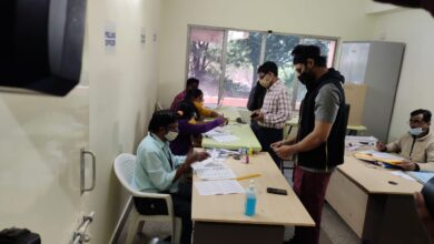 Photo of Actor BSaiSreenivas casted his vote at Jubileehills