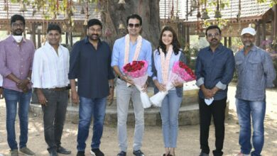 Photo of Kajal Aggarwal & Gautam Kitchlu Took Blessings From Megastar Chiranjeevi